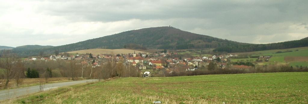 Podblanicko - Velký Blaník od Louňovic