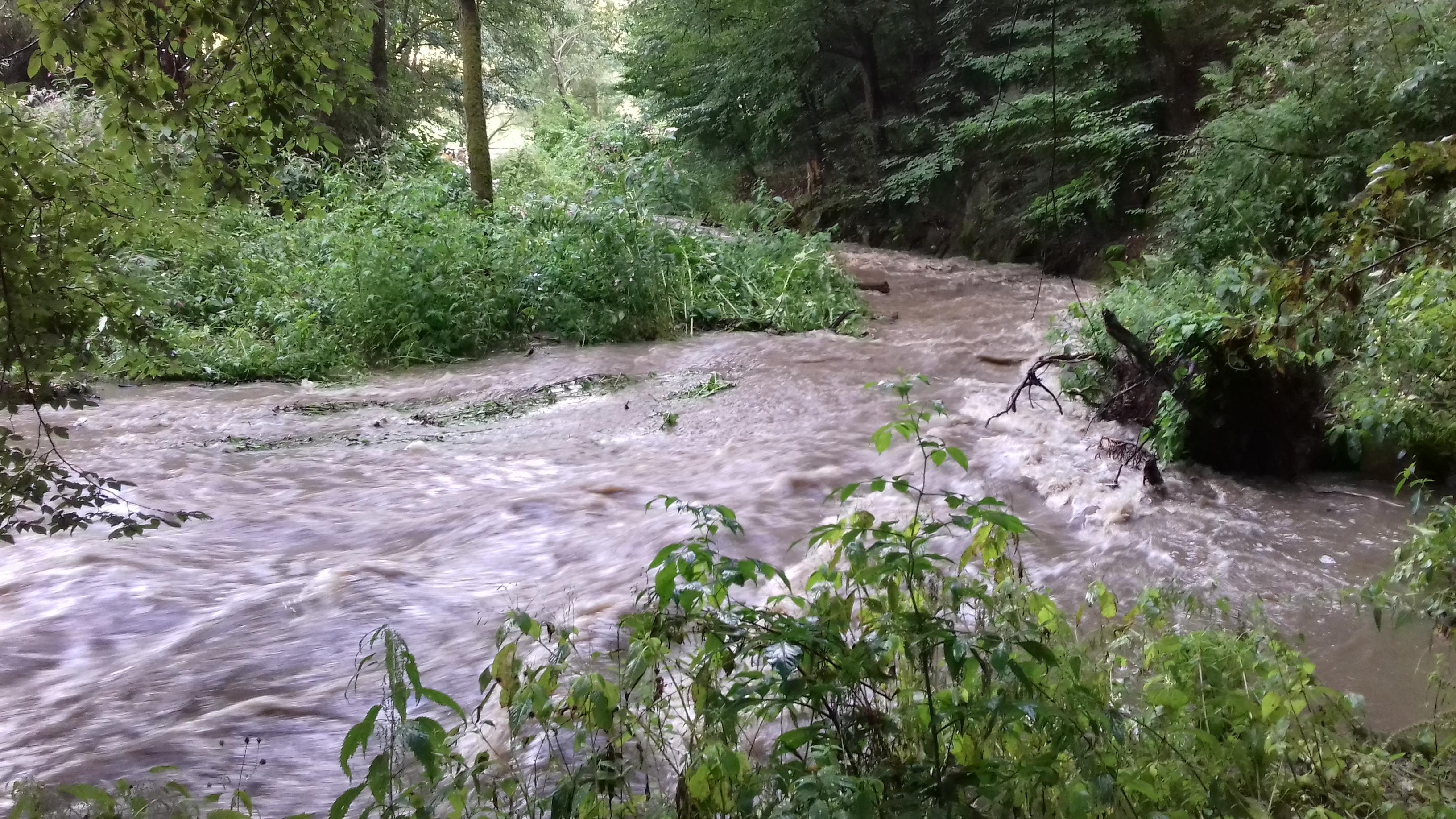 voda po bouřce